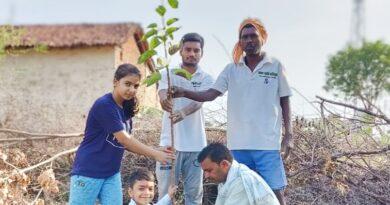 """""""स्वच्छ बहतराई अभियान"""" के अंतर्गत- (मुक्तिधाम सेवा समिति बहतराई) के द्वारा विश्व पर्यावरण दिवस में स्वच्छता अभियान, वृक्षारोपण कार्यक्रम भी किया गया।"""